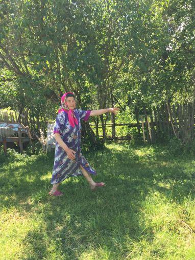 Raiisa in her yard